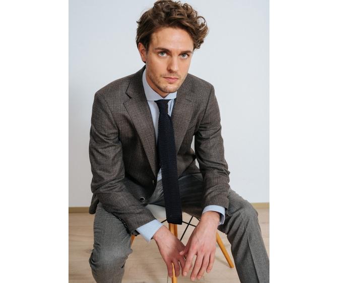 262c8c4ed793 ... трикотаж из шелка и кашемира, идеальные брюки, безупречные сорочки и,  конечно ,знаменитые пуховики ADD cоздадут Ваш теплый и стильный образ!